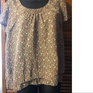 Tops - Cute Giraffe blouse unexpected wimsy small